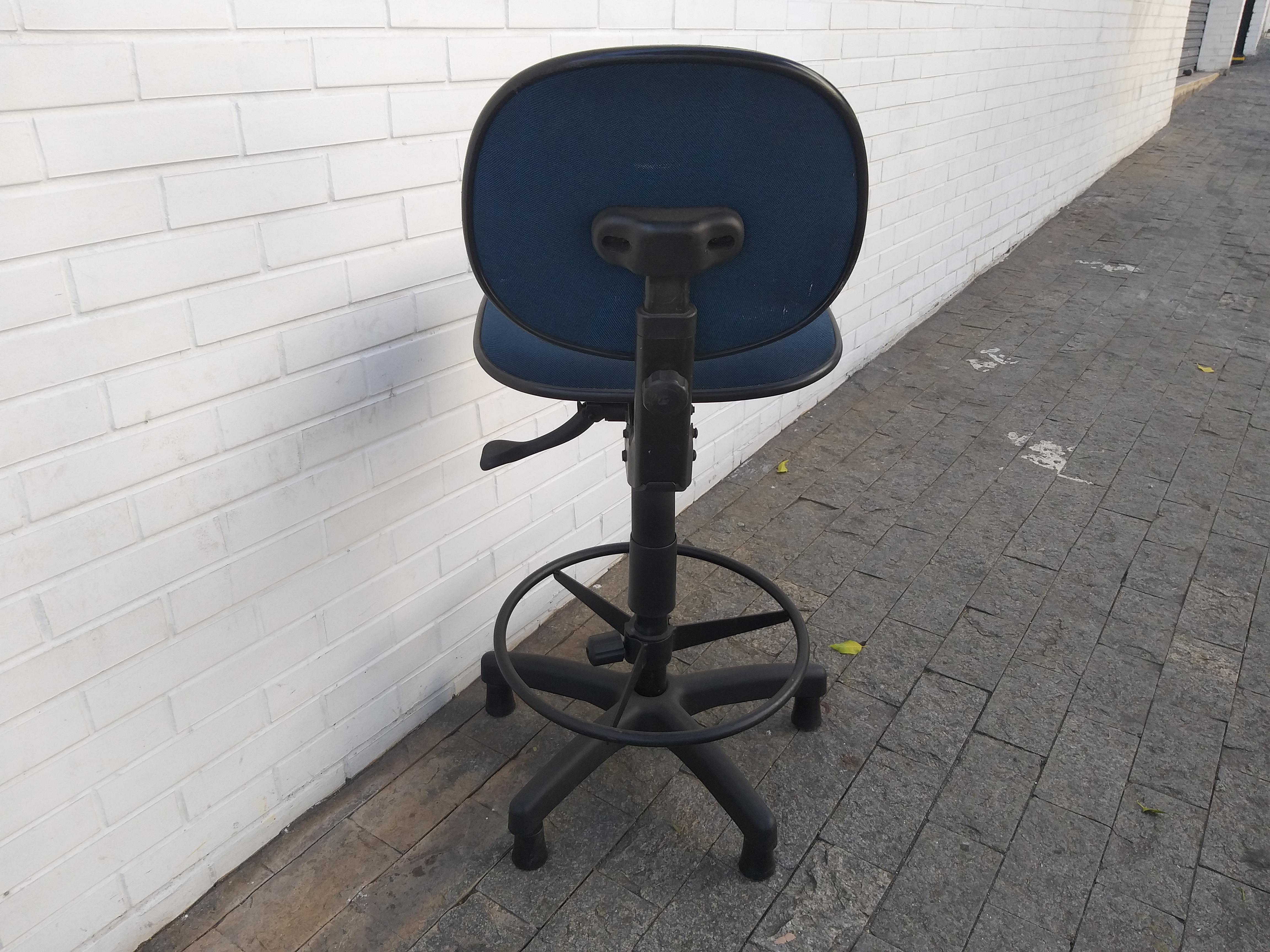 cadeira 8